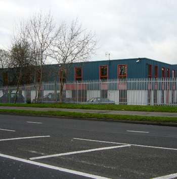 Office space in Elles House, 4b Invincible Road Industrial Estate